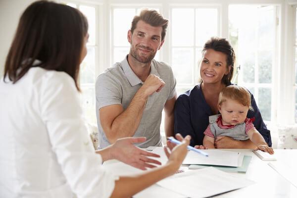 Familie lässt sich erklären: was ist Empfehlungsmarketing genau und wie es funktioniert!